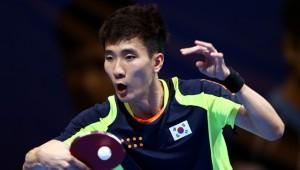 Lee Sangsu won three straight games to progress in Dubai.