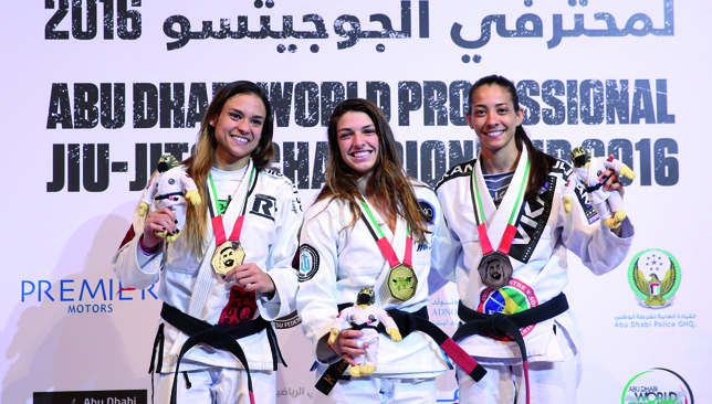 Mackenzie Dern reclaims title for Black Belt 55kg and takes home gold medal (Read-Only)