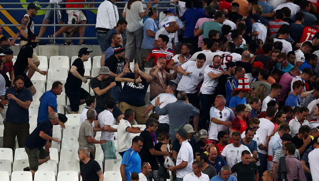 England and Russia fans clash at Euro 2016