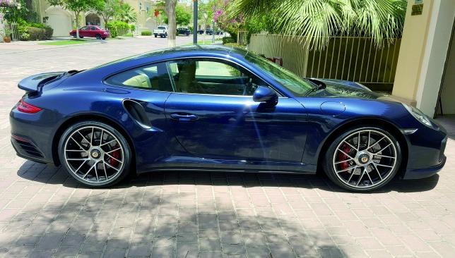 Porsche 911 Turbo side view