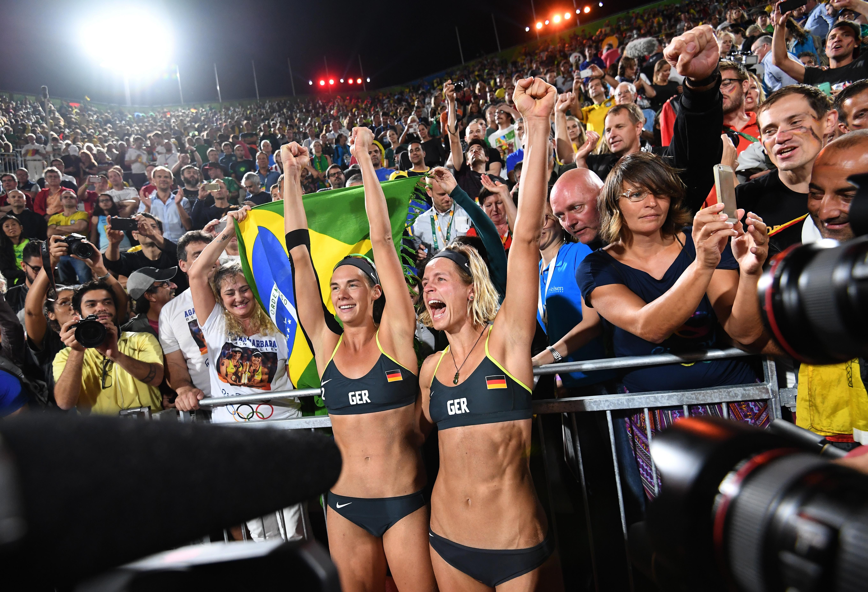 Rio 2016 Olympics day 12: Elaine Thompson claims 200m glory, Usain Bolt and Mo Farah ease into ...