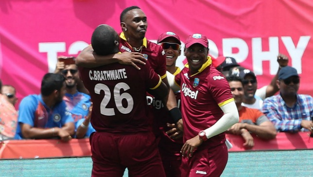Dwayne Bravo took the wicket of MS Dhoni to secure victory.
