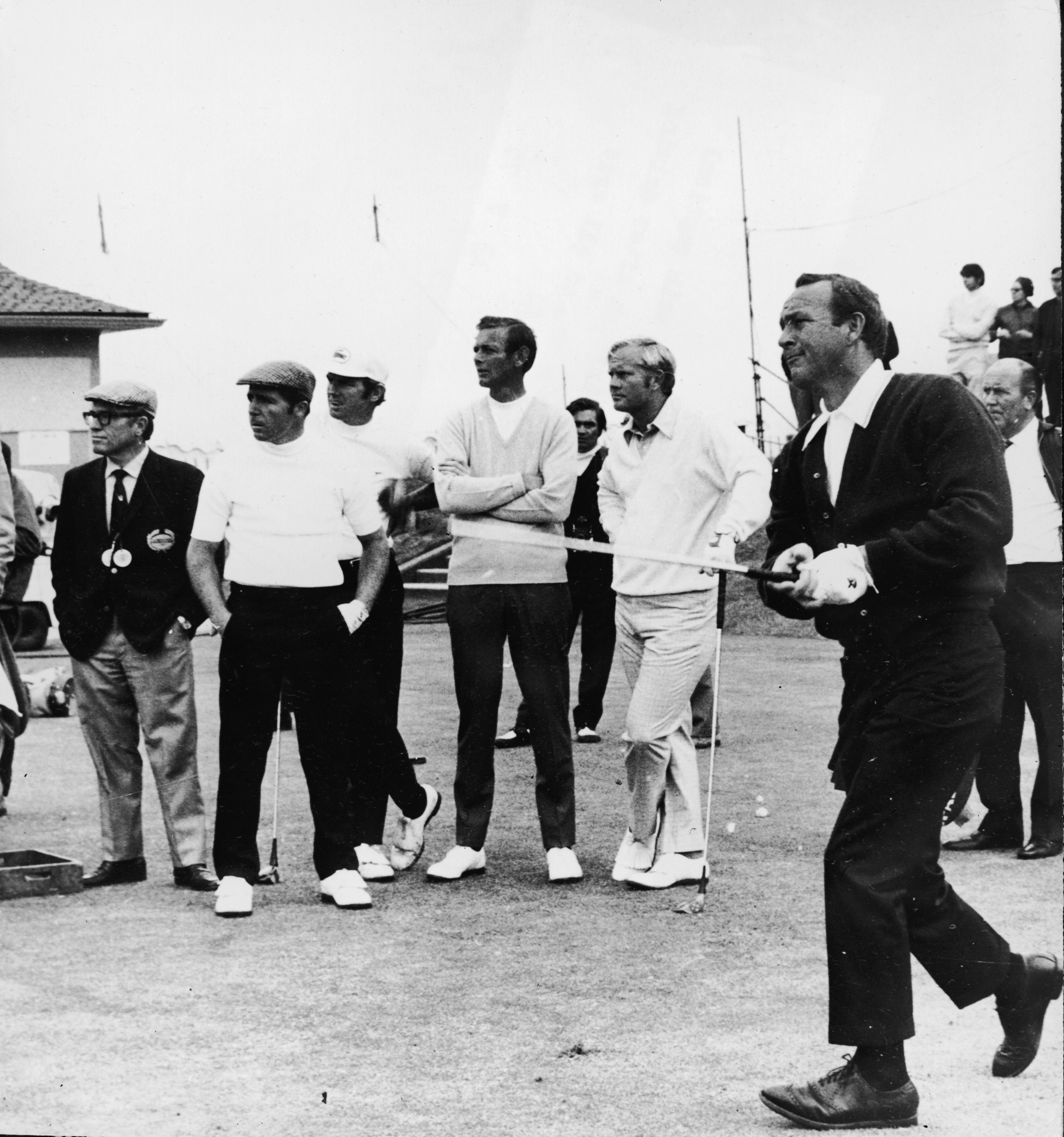 Golfing King Arnold Palmer dies aged 87: The legendary