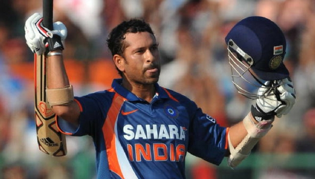 Rewind360: Sachin Tendulkar scores his first ODI century against Australia  - Sport360 News