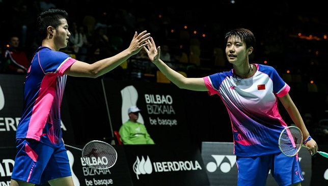 Mixed Doubles winners He Jiting and Du Yue of China.