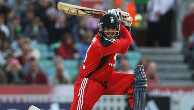 Owais Shah bats in a T20I for England.