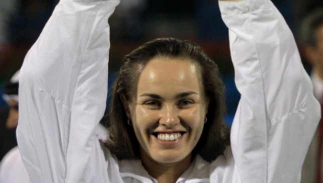 2001 - Hingis claims women's title.
