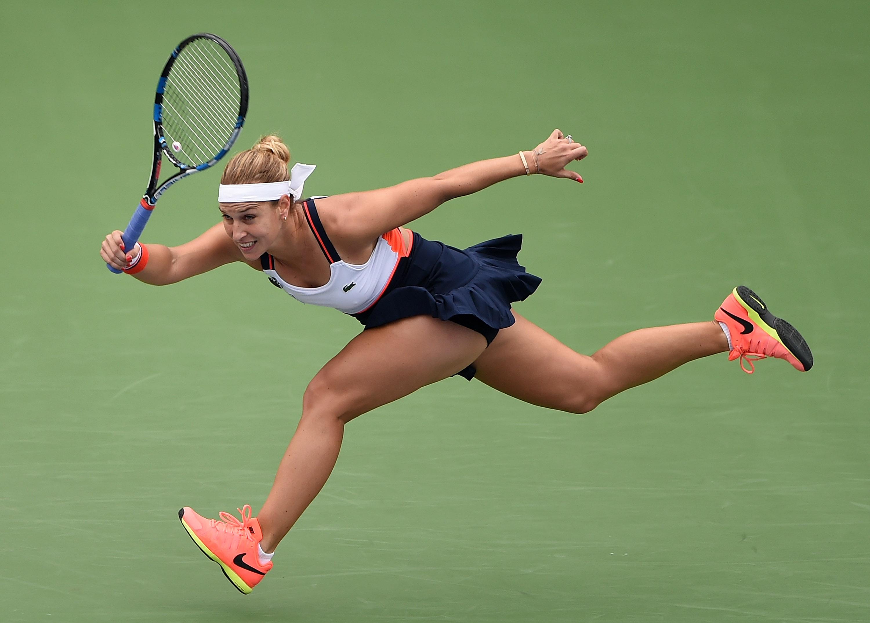 No3 seed Cibulkova fell to Makarova in Dubai on Tuesday.