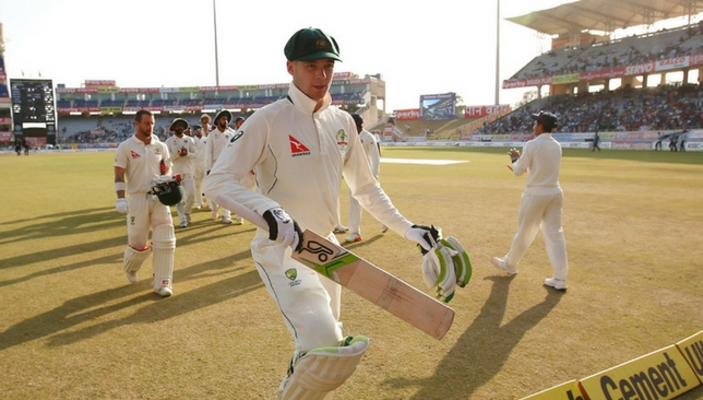 Handscomb walks off after salvaging a draw for Australia [Sportzpics]