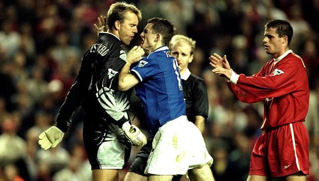 sander-westerveld-fight-punch-francis-jeffers-everton-1-0-liverpool-1999-merseyside-derby-sport360