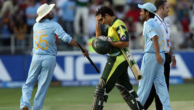 Misbah-ul-Haq holds his head after falling just short of taking Pakistan to T20 World Cup win.