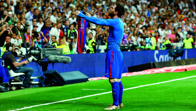 Messi leads Barcelona to 7-1 victory; Real Madrid wins 6-2