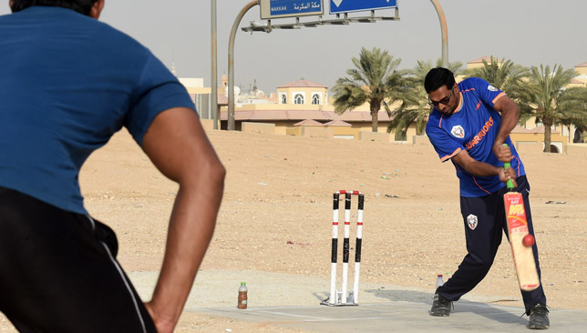 Saudi Arabia expats playing in the country.