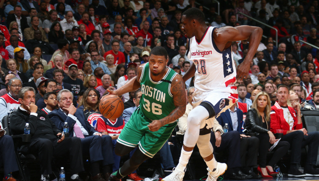 Celtics slammed in Game 4 by Wizards, series tied