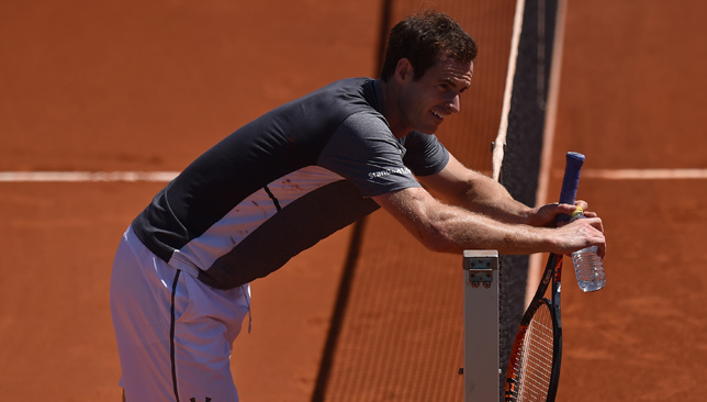 Murray into Madrid Open third round with straight sets victory