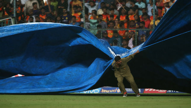 Covers being brought on during the Eliminator match between KKR and SRH.