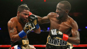 Terence Crawford lands a heavy right on Felix Diaz who struggled to cope with his power.