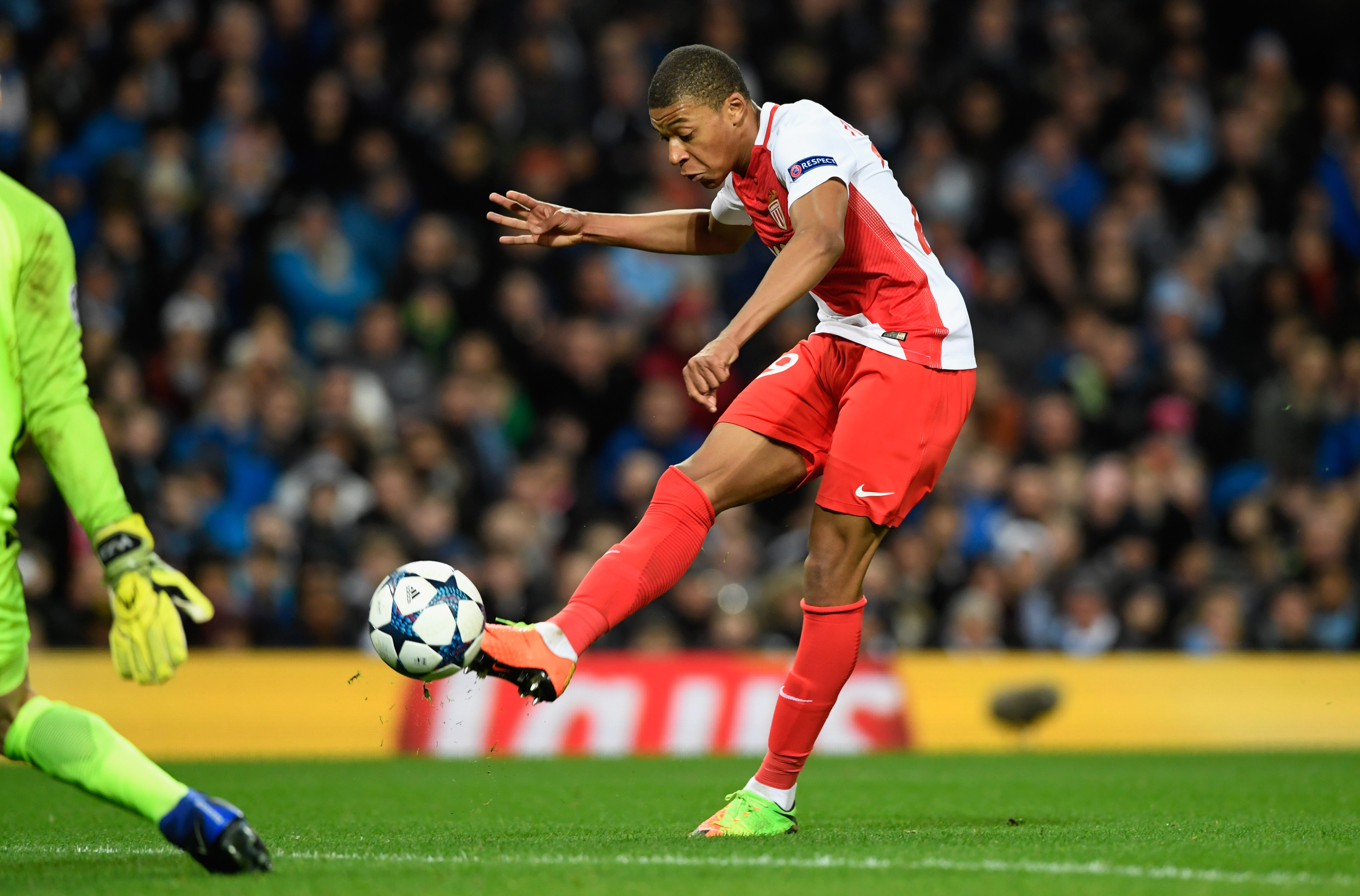 MANCHESTER, ENGLAND - FEBRUARY 21: Kylian Mbappe of AS Monaco scores their second goal during the UEFA Champions League Round of 16 first leg match between Manchester City FC and AS Monaco at Etihad Stadium on February 21, 2017 in Manchester, United Kingdom. (Photo by Stu Forster/Getty Images)