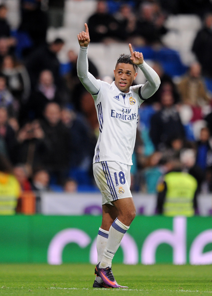 MADRID, SPAIN - NOVEMBER 30: Mariano Diaz Mejia of Real Madrid CF celebrates after scoring Real's 5th and his 3rd goal during the Copa del Rey last of 32 match between Real Madrid and Cultural Leonesa at estadio Santiago Bernabeu on November 30, 2016 in Madrid, Spain. (Photo by Denis Doyle/Getty Images)