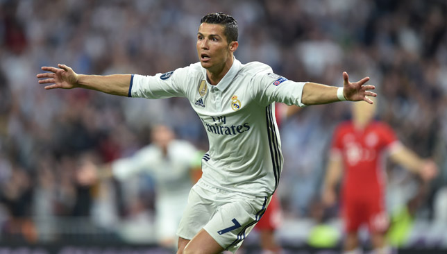 Real Madrid coach Zidane calls Ronaldo to end crisis