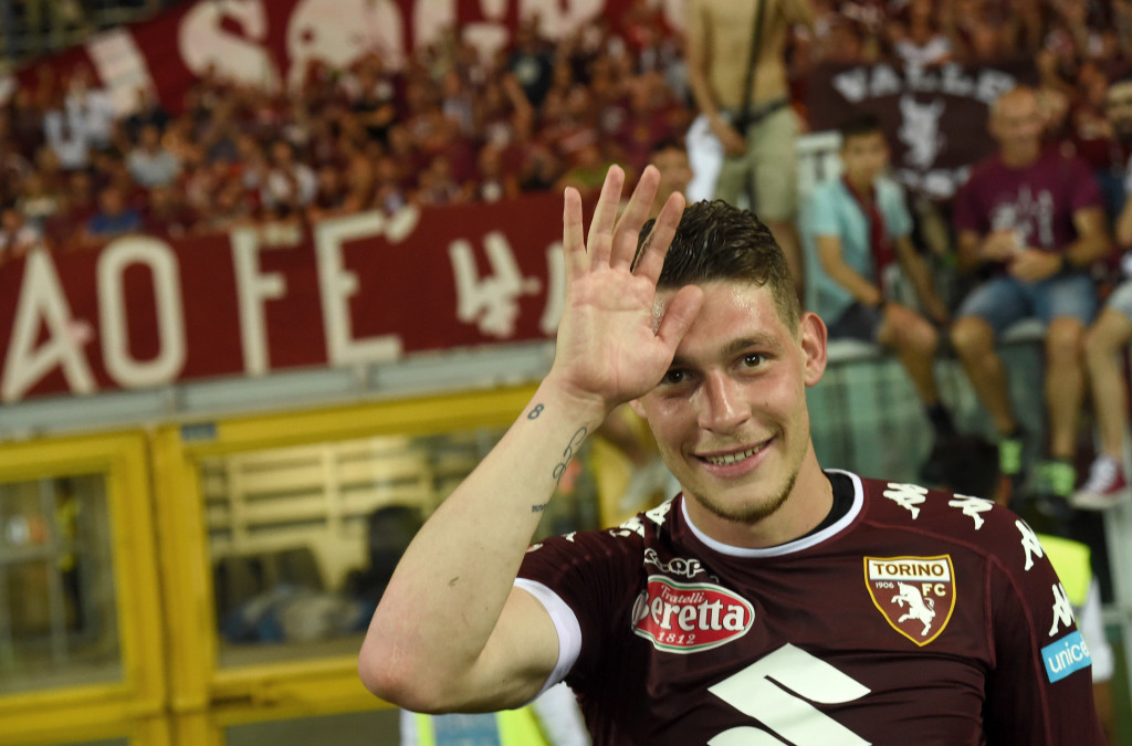 TURIN, ITALY - MAY 28: Andrea Belotti of FC Torino celebrates under FC Turin's fans at the end of Serie A match between FC Torino and US Sassuolo at Stadio Olimpico di Torino on May 28, 2017 in Turin, Italy. (Photo by Pier Marco Tacca/Getty Images)