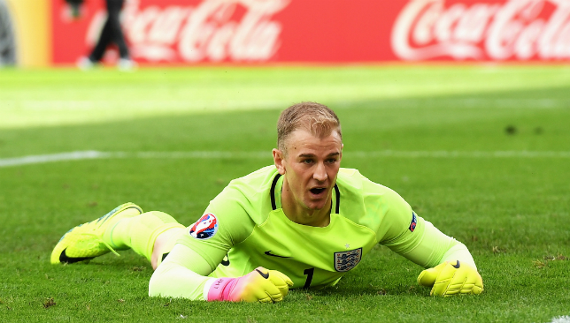 Joe Hart completes season loan move to Westham