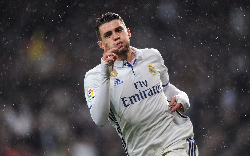 MADRID, SPAIN - JANUARY 29: Mateo Kovacic of Real Madrid celebrates after scoring Real's 1st during the La Liga match between Real Madrid CF and Real Sociedad de Futbol at the Bernabeu on January 29, 2017 in Madrid, Spain. (Photo by Denis Doyle/Getty Images)