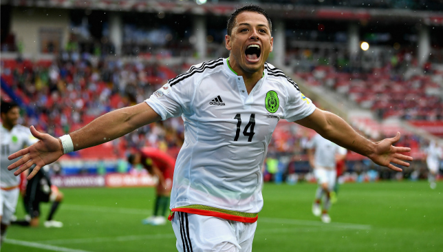 West Ham hold talks about signing Javier Hernandez from Bayer Leverkusen