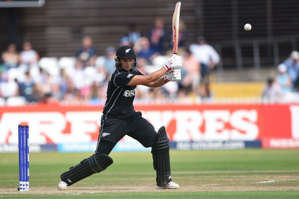 New Zealand skipper Suzie Bates fell cheaply.