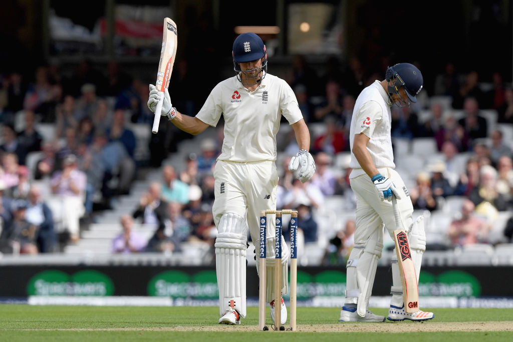 Cook brings up half century number 54 of his Test career.