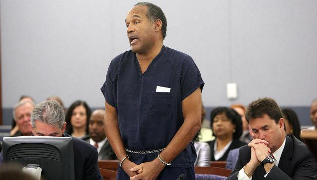 Simpson (C) speaks in court prior to his sentencing.