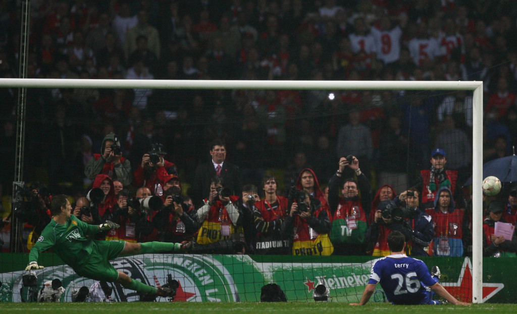 MOSCOW - MAY 21: John Terry of Chelsea misses a penalty during the UEFA Champions League Final match between Manchester United and Chelsea at the Luzhniki Stadium on May 21, 2008 in Moscow, Russia. (Photo by Alex Livesey/Getty Images)