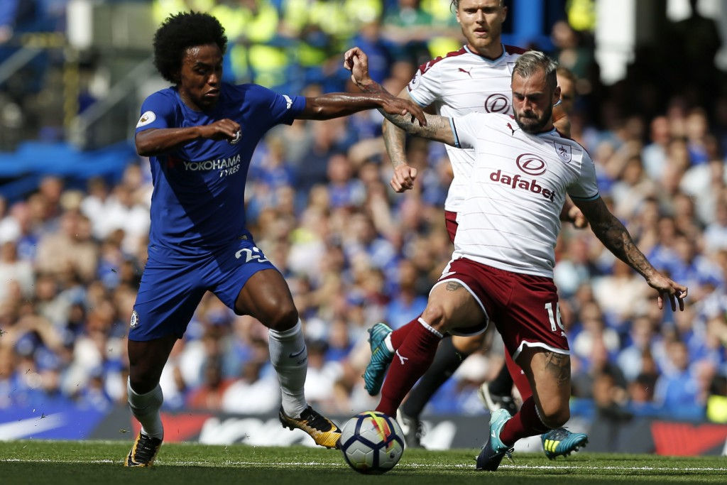 Chelsea's Brazilian midfielder Willian