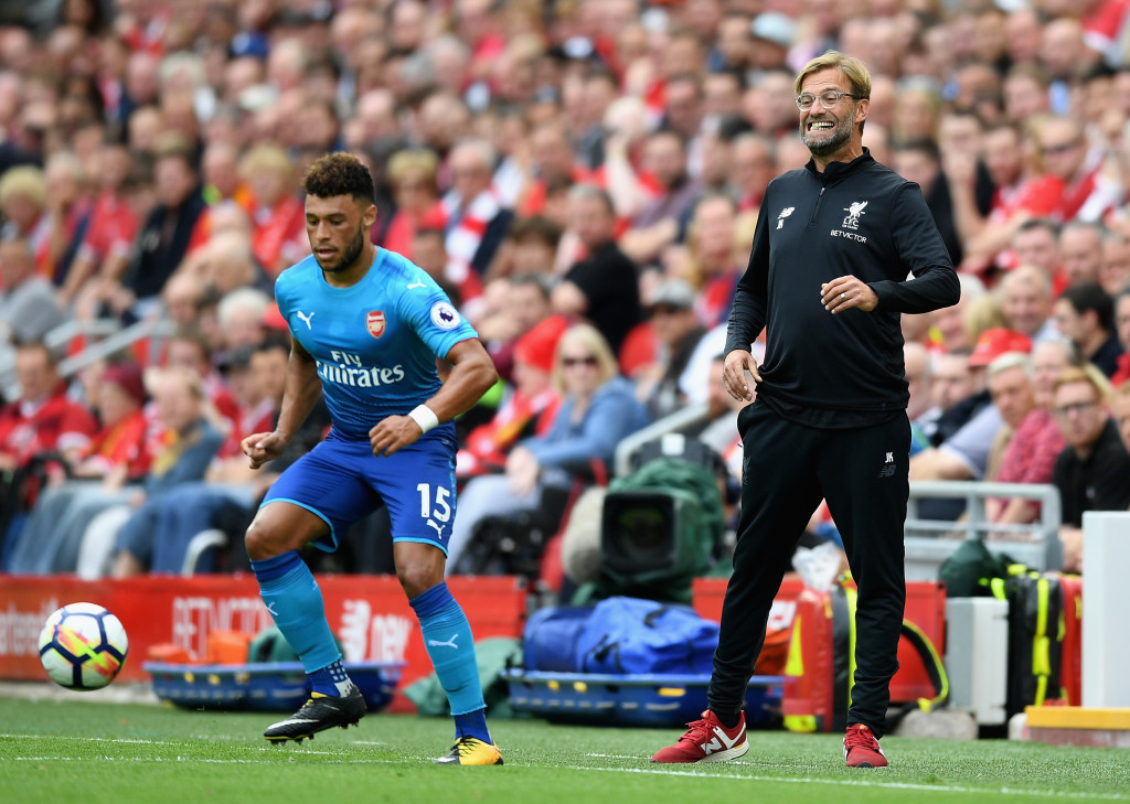 Oxlade-Chamberlain playing against Liverpool last weekend