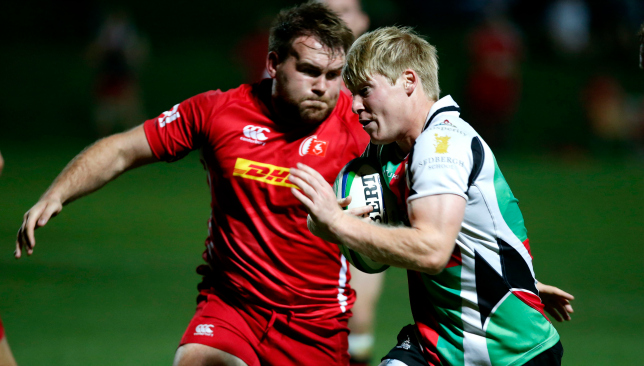 Bahrain's Lindsey Gibson (l) in action against Quins last season