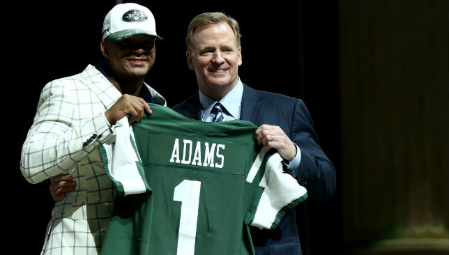 Jamal Adams poses with Commissioner of the National Football League Roger Goodell.