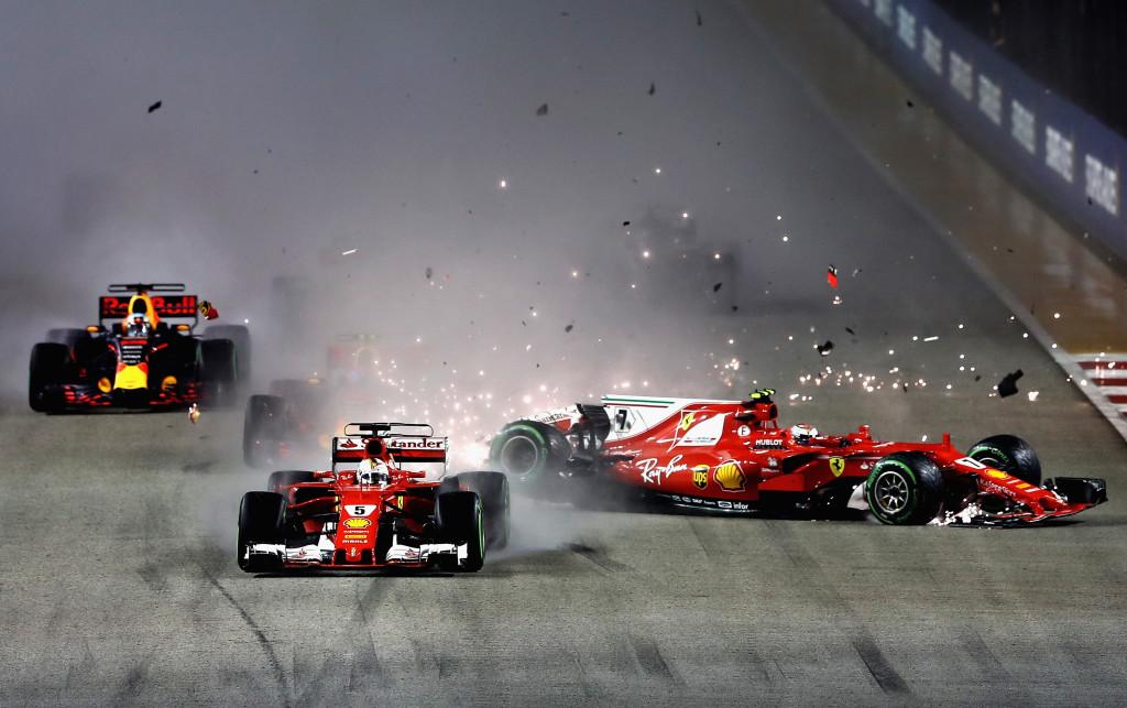Race - Hamilton wins dramatic wet-dry Grand Prix in Singapore