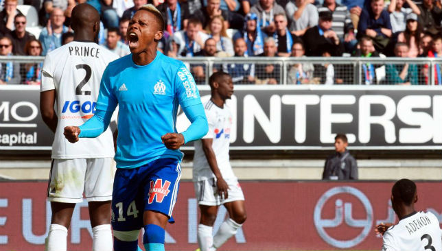 Clinton Njie (C)