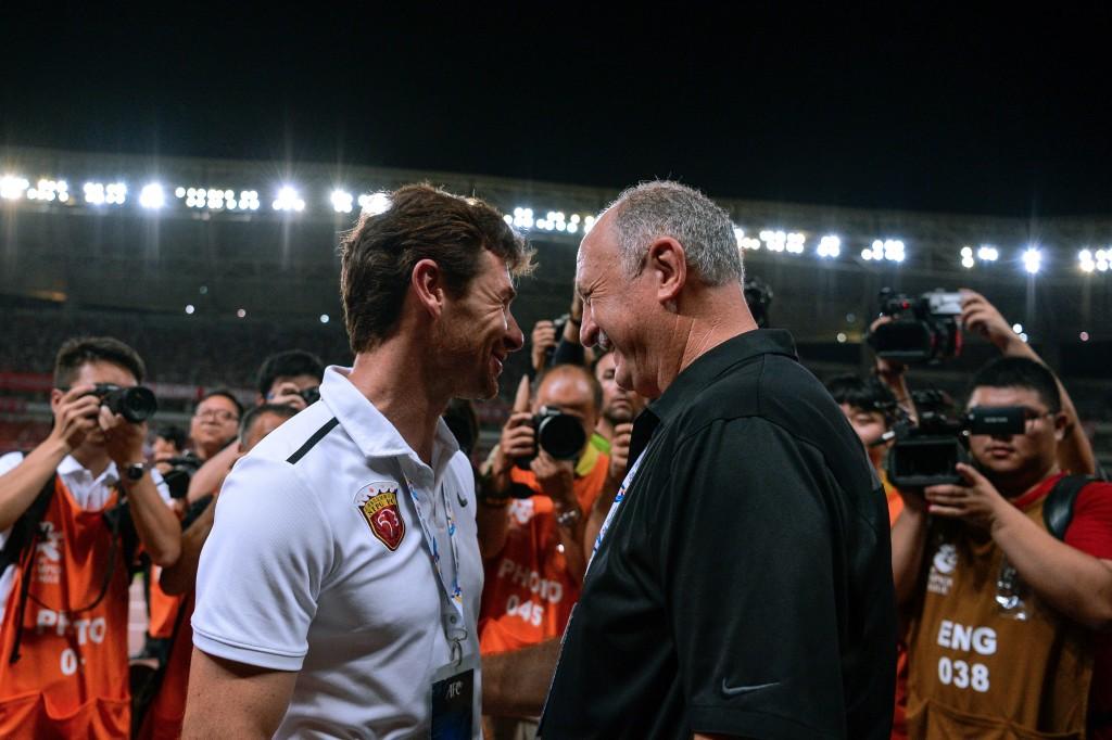 Shanghai head coach Andre Villas-Boas and Guangzhou boss Luiz Felipe Scolari