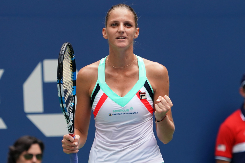 Czech Republic's Karolina Pliskova celebrates after defeating Nicole Gibbs of the US during their 2017 US Open Women's Singles match at the USTA Billie Jean King National Tennis Center in New York on August 31, 2017. / AFP PHOTO / Don EMMERT (Photo credit should read DON EMMERT/AFP/Getty Images)