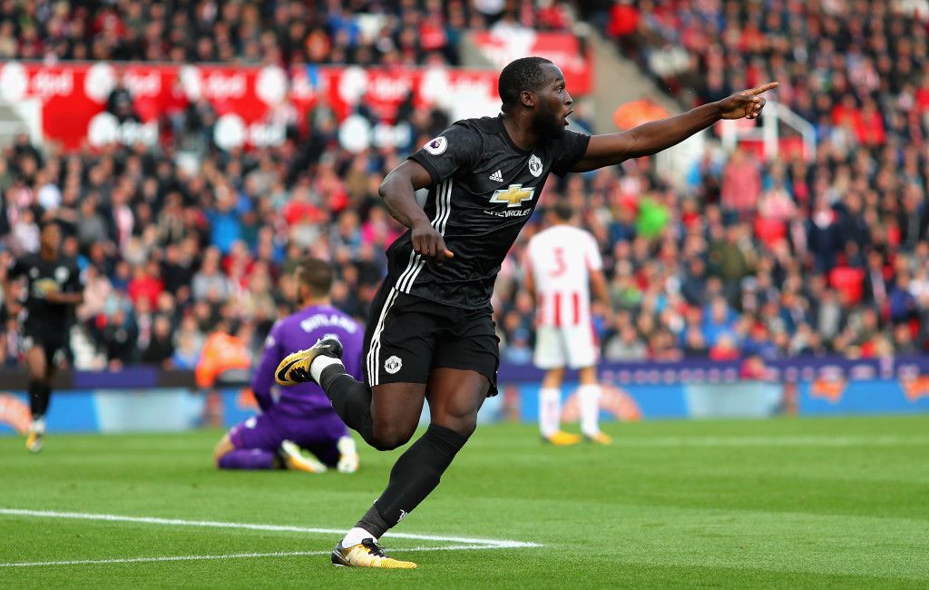 Romelu Lukaku celebrates scoring