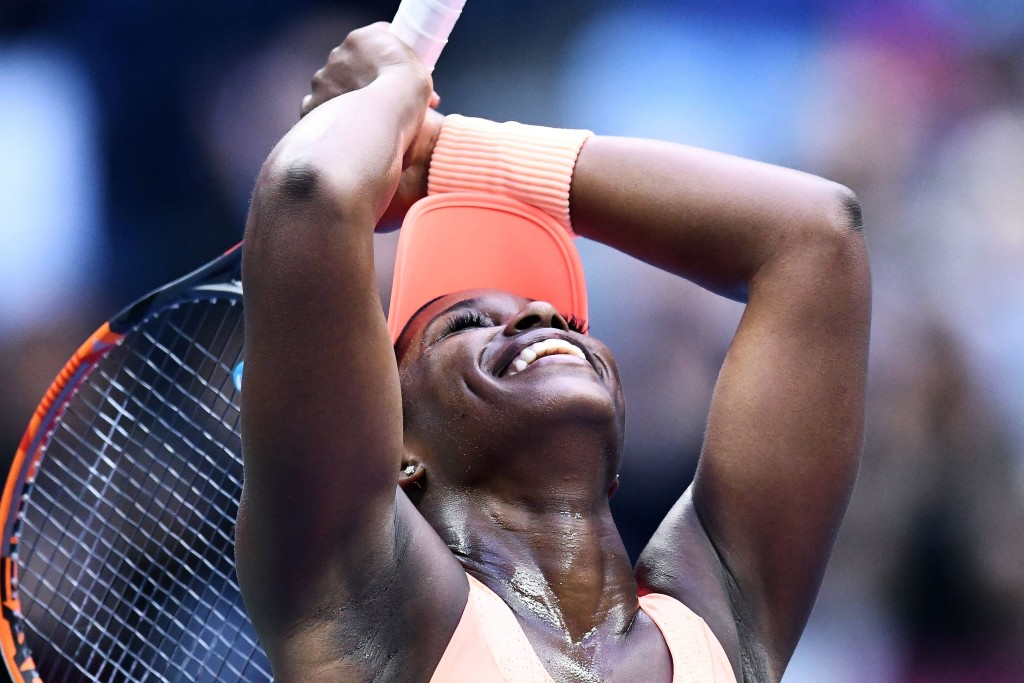 Sloane Stephens of the US celebrates after defeating compatriot Madison Keys during their 2017 US Open Women's Singles final match at the USTA Billie Jean King National Tennis Center in New York on September 9, 2017. Sloane Stephens, sidelined for 11 months by a left foot injury until returning in July, captured her first Grand Slam title by routing fellow American Madison Keys 6-3, 6-0 in Saturday's US Open final. / AFP PHOTO / Jewel SAMAD / ALTERNATE CROP (Photo credit should read JEWEL SAMAD/AFP/Getty Images)