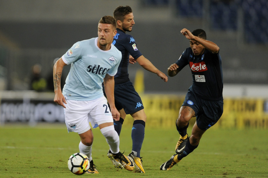 ROME, ROMA - SEPTEMBER 20: Marquez Loureiro Allan of SSC Napoli compete for the ball with Sergej Milinkovic Savic of SS Lazio during the Serie A match between SS Lazio and SSC Napoli at Stadio Olimpico on September 20, 2017 in Rome, Italy. (Photo by Marco Rosi/Getty Images)