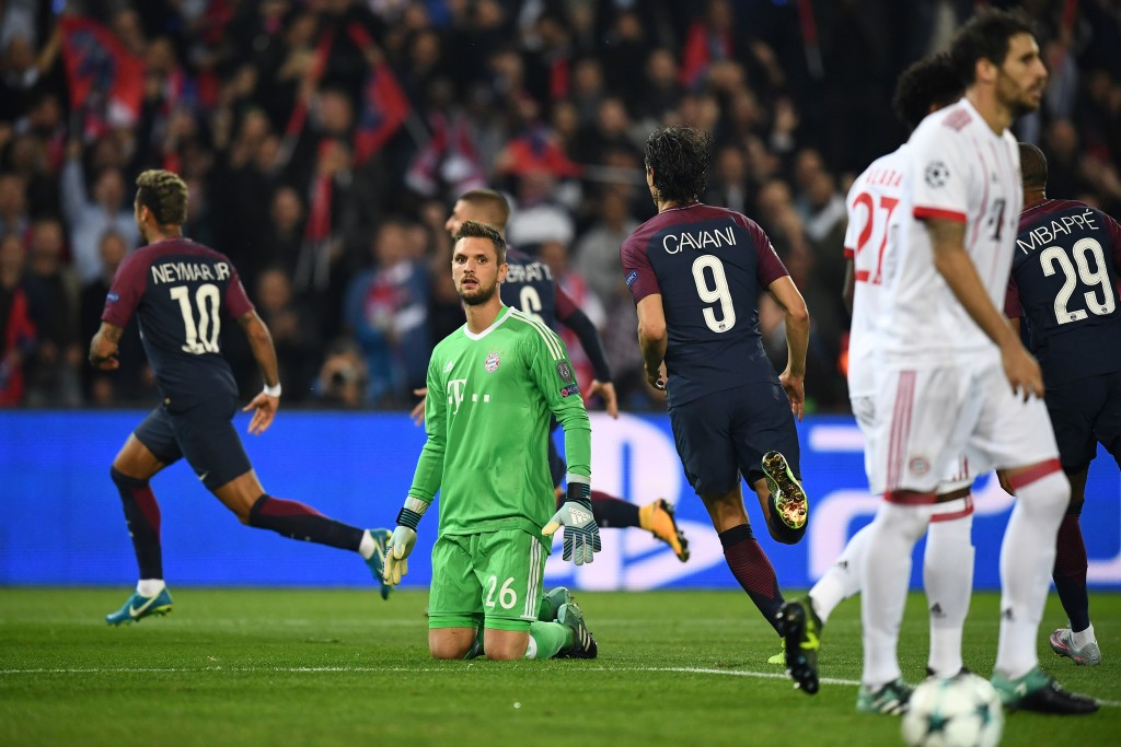 Sven Ulreich sinks to his knees after PSG score