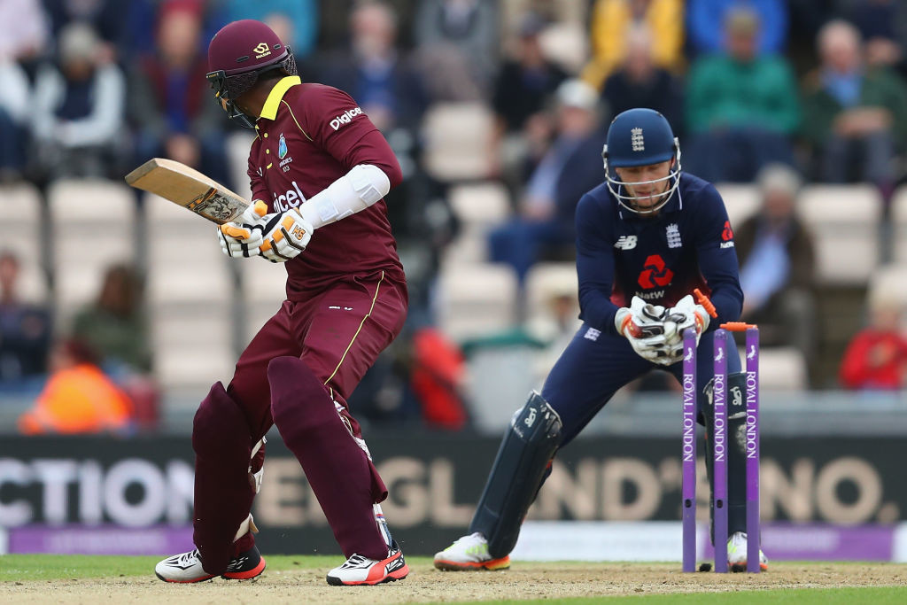 Samuels is stumped by Buttler off the bowling of Moeen Ali.