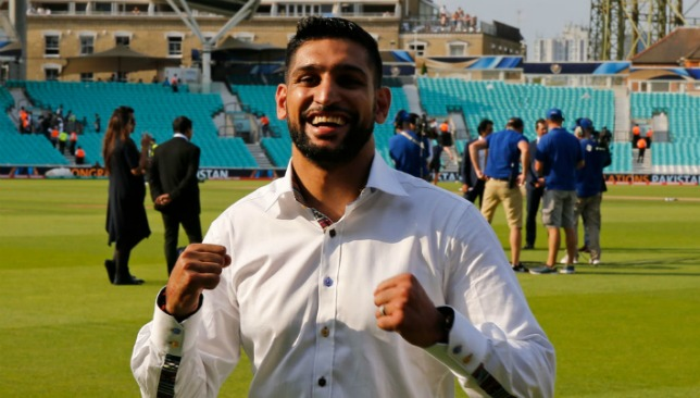 Amir Khan is looking to get back into the boxing ring before the end of the year.