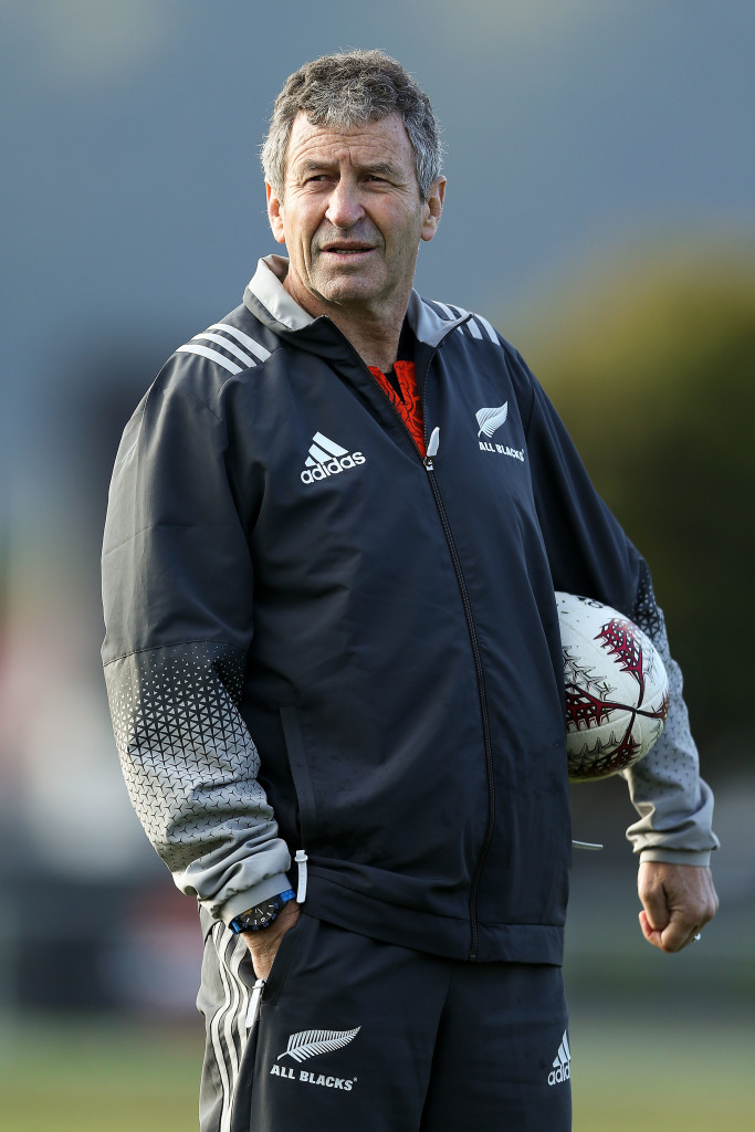 Longtime New Zealand assistant Wayne Smith has been linked with the Wales job.