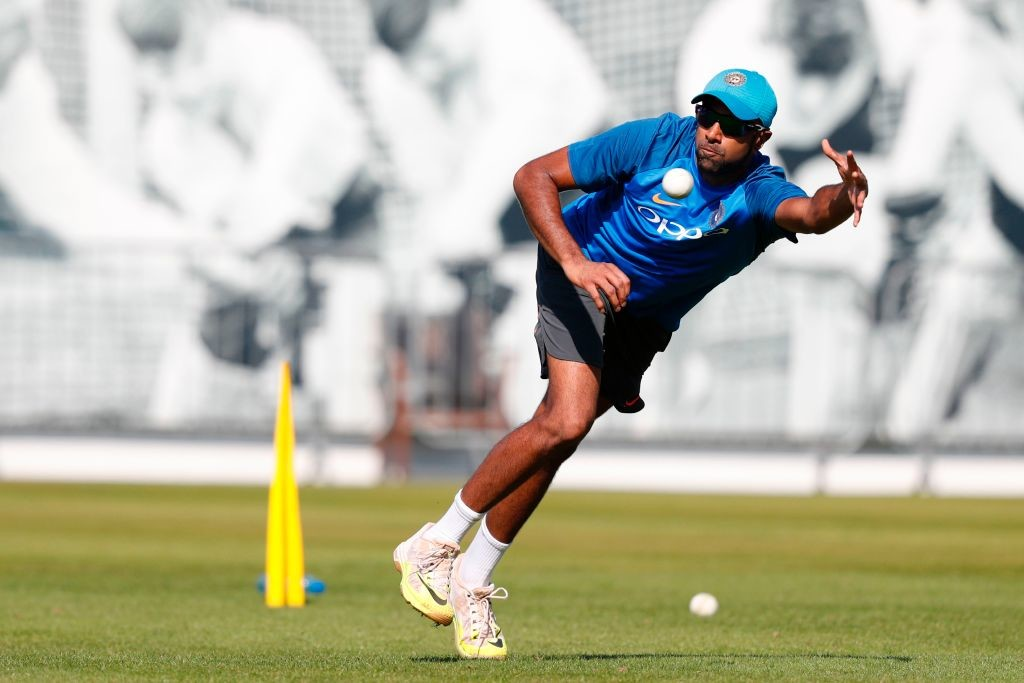 Kiwis opt to bat after India ODI pitch controversy