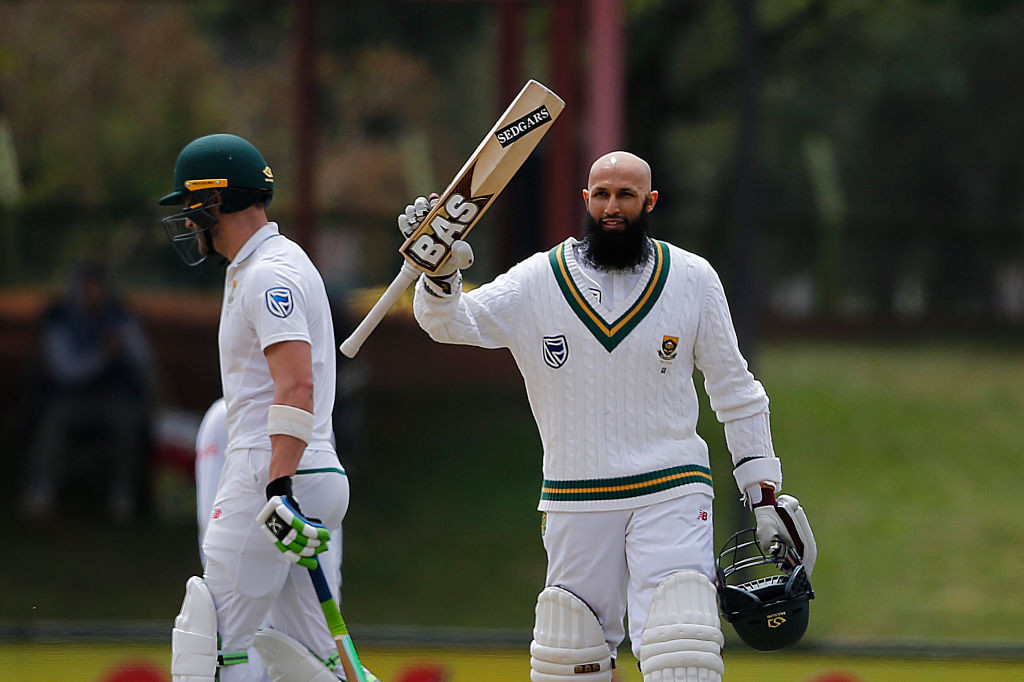 Amla, de Villiers bolster South Africa to 353