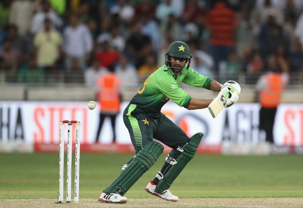 Malik's 31-ball 42 run cameo saw Pakistan through with ease.